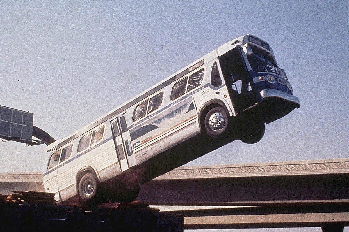 Bus_jump