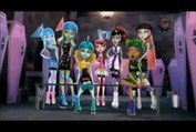 Monster High™ Friday Night Frights - Trailer HD
